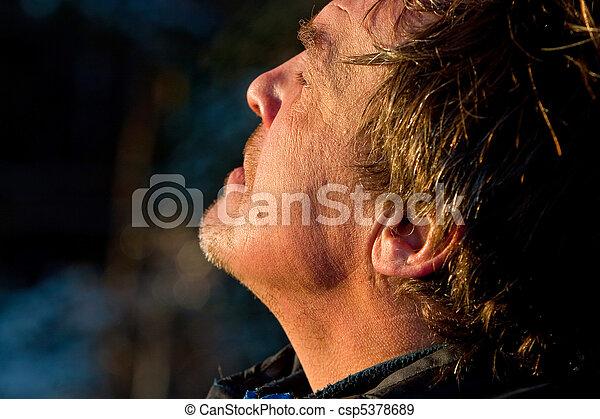 age moyen, homme, portrait - csp5378689