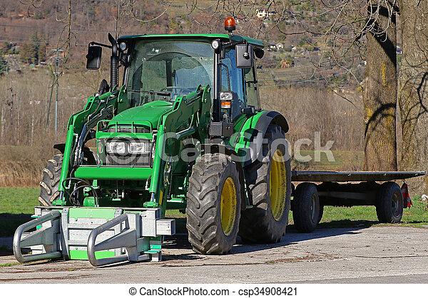 tractor agrícola y remolque - csp34908421