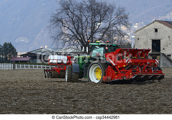 Agricultural tractor - csp34442981