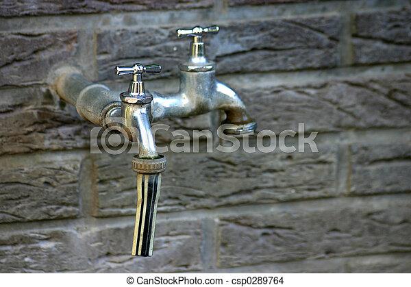 Tapas de agua - csp0289764