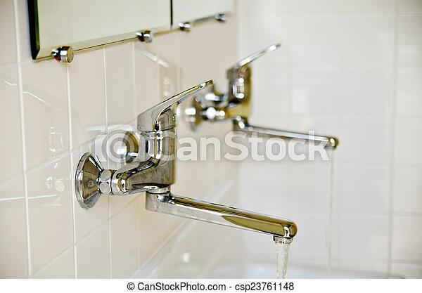 Tapas de agua - csp23761148