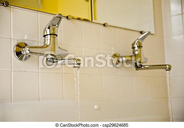 Tapas de agua - csp29624685