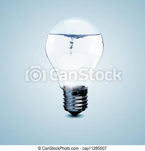 Una bombilla eléctrica con agua limpia - csp11285507