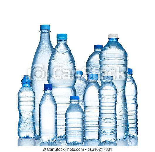 Muchas botellas de plástico de agua - csp16217301