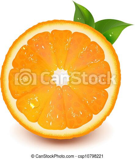 La mitad de naranja con hojas y gotas de agua - csp10798221