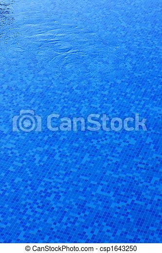 Agua de piscina - csp1643250