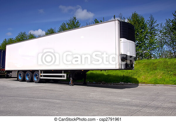 air conditioned truck trailer for haulage transporting - csp2791961