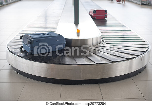 airport baggage carousel - csp20773204