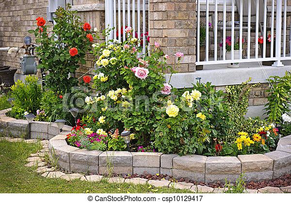Jardinero con jardinería de piedra - csp10129417