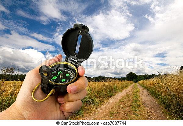 akker, man, vasthouden, kompas - csp7037744