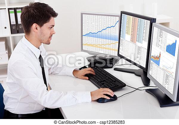 aktie handla, mäklare, marknaden, tjur - csp12385283