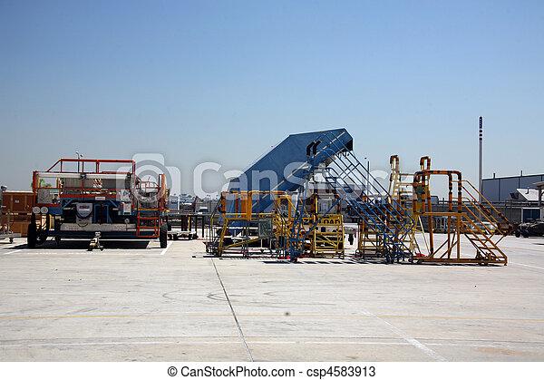 Área de transporte exterior - csp4583913