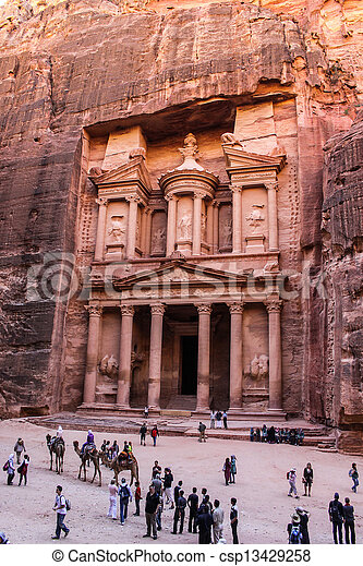 Al Khazneh or The Treasury at Petra, Jordan - csp13429258