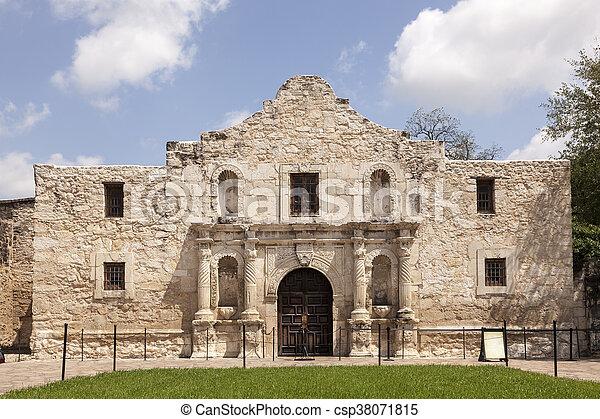 La misión Álamo en San Antonio, Texas - csp38071815