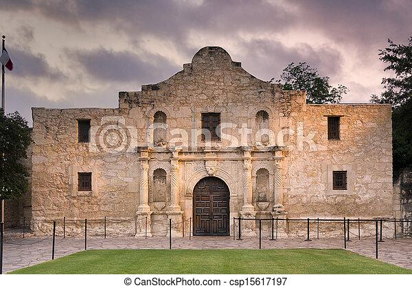 El Álamo, San Antonio, TX - csp15617197