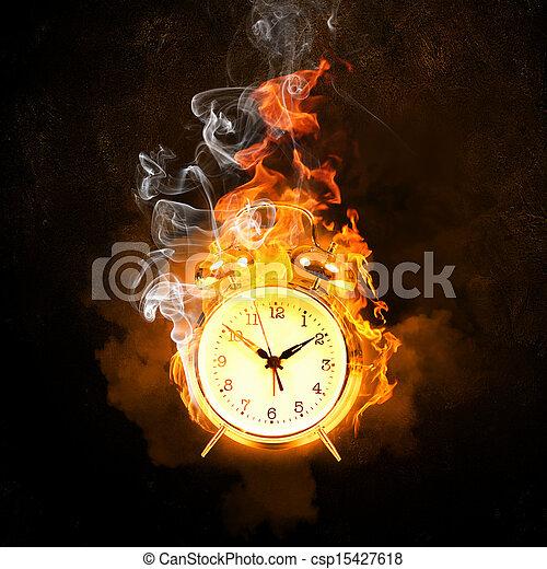 El despertador está en llamas - csp15427618