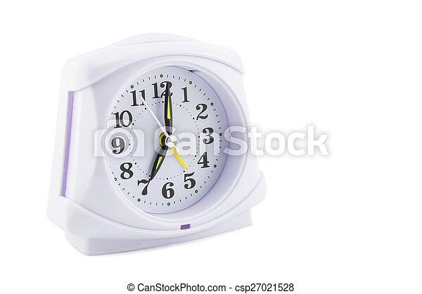 Reloj de alarma sobre fondo blanco - csp27021528
