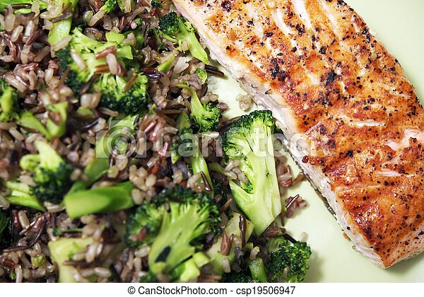 Alaskan Salmon Dinner - csp19506947