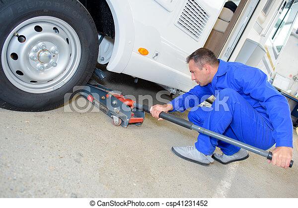 alatt, rámenős, bubi, szerelő, jármű - csp41231452