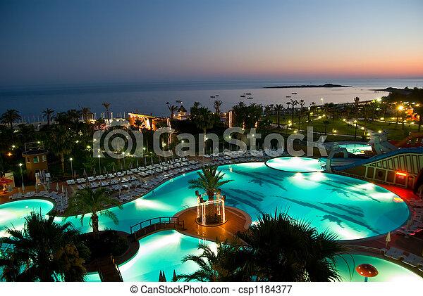 albergo, tramonto, luxery - csp1184377