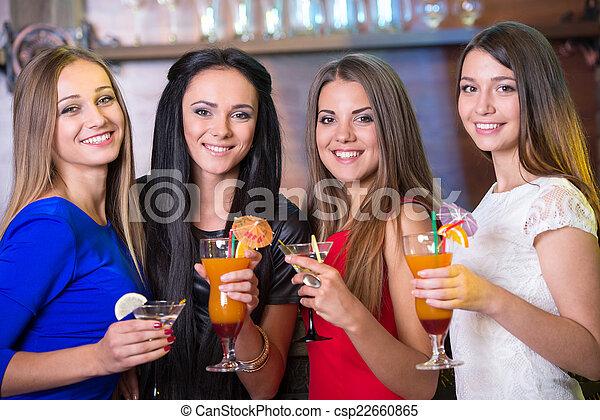 alcohol - csp22660865