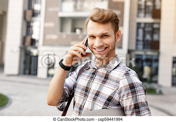 alegre, homem sorridente, jovem, tu - csp59441994