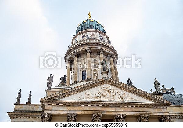 alemán, gendarmenmarkt, berlín, alemania, iglesia - csp55553819