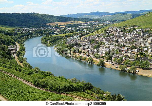 Lugares románticos en Alemania - csp21055399