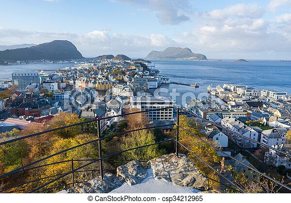Alesund, Noruega - csp34212965