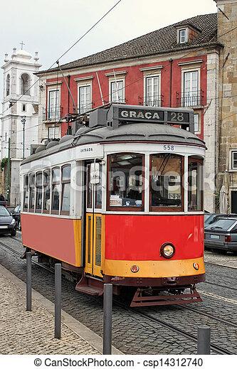 alfama, dějinný, tramvaj, lisabon - csp14312740