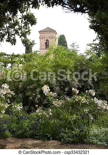 alhambra, 庭 - csp33432321