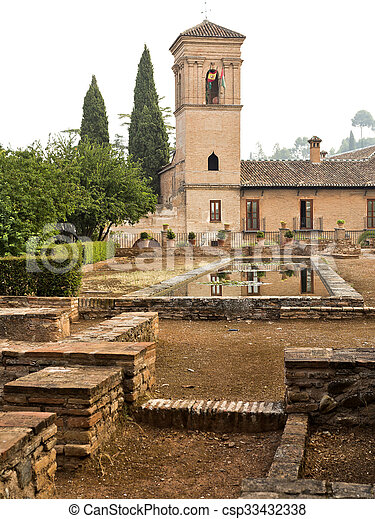 alhambra, 庭 - csp33432338