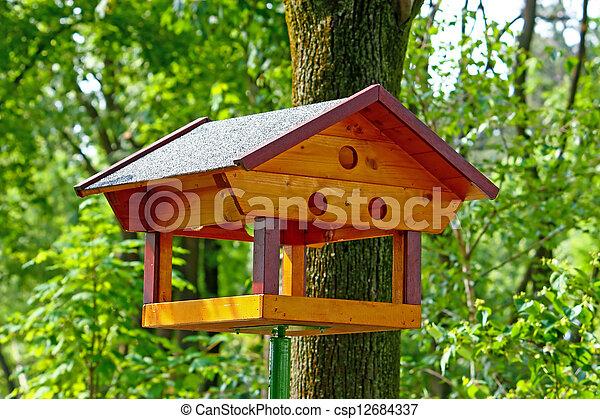 Alimento de pájaro - csp12684337