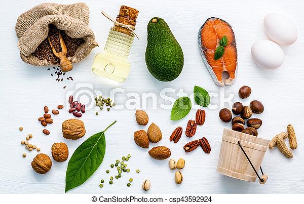 Fuentes de comida de Selección de Omega 3 - csp43592924