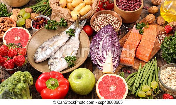 Selección de comida saludable - csp48603605