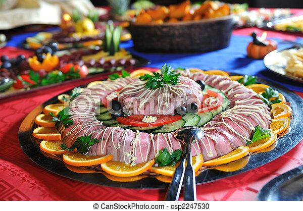 La comida está lista - csp2247530