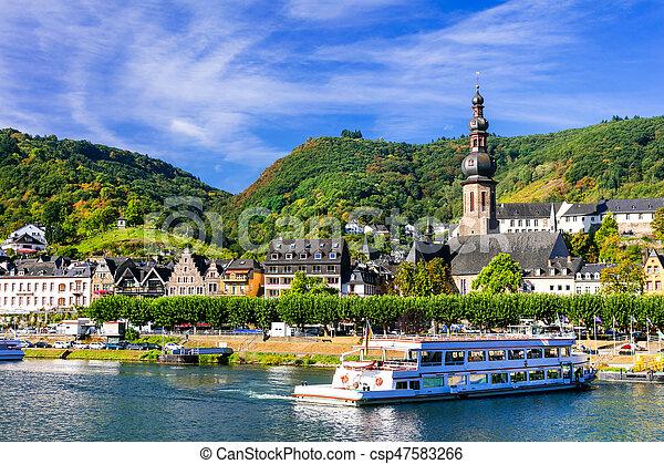 allemagne, cochem, cruises., rivière, romantique, rhein, town., beau - csp47583266