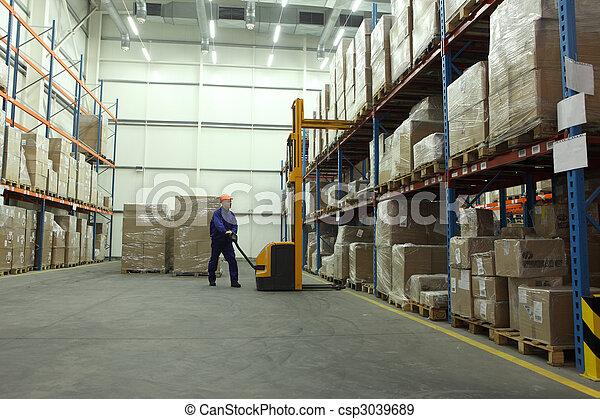 Trabajo en el almacén - csp3039689