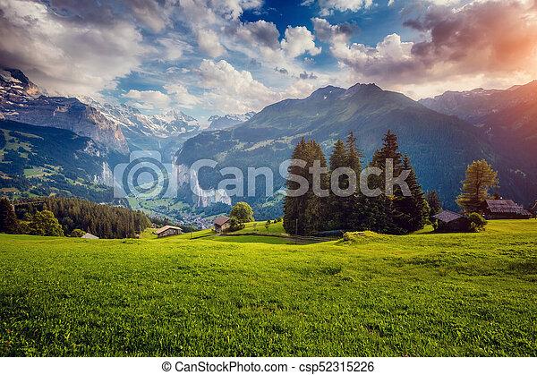 alpes, alpin, lauterbrunnen, majestueux, wengen, emplacement, village., suisse, europe., vallée, vue - csp52315226