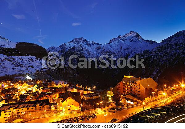Alpes franceses - csp6915192