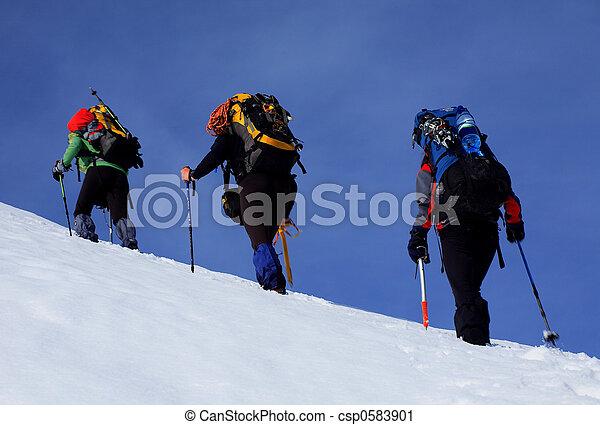 alpin, promenade - csp0583901