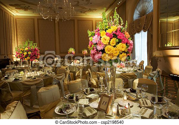La recepción de la boda final - csp2198540