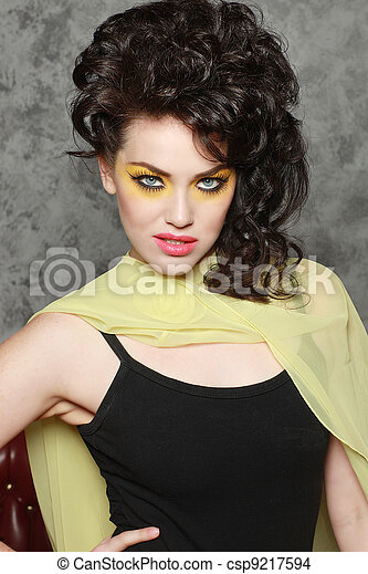 alto, olhos, mulher, moda, perfurando - csp9217594