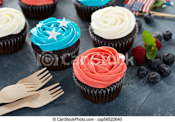 American flag cupcakes for 4th of July - csp56522640