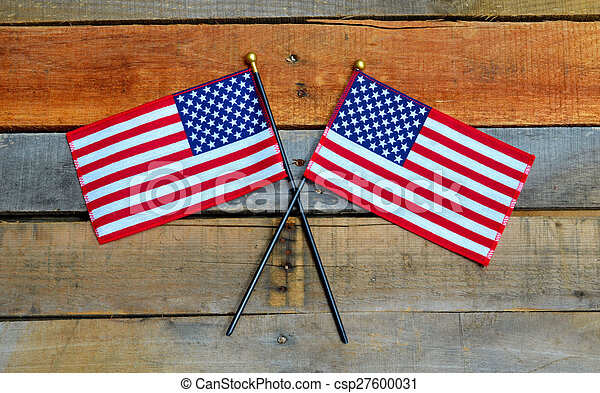 American Flags on pallet wood - csp27600031