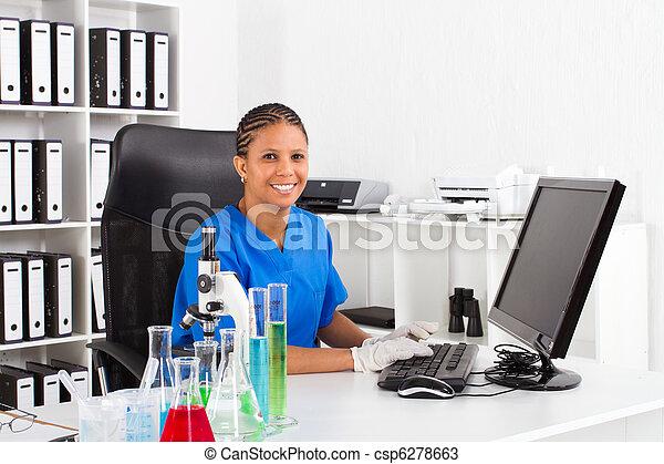 americano, scienziato, africano femmina - csp6278663