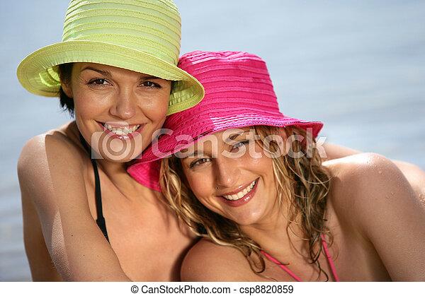 Los mejores amigos de la playa - csp8820859