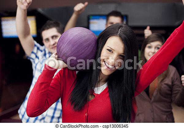 amis, ensemble, bowling - csp13006345