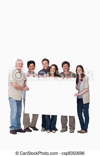 amis, signe, tenue, groupe, sourire, vide, ensemble - csp8350696