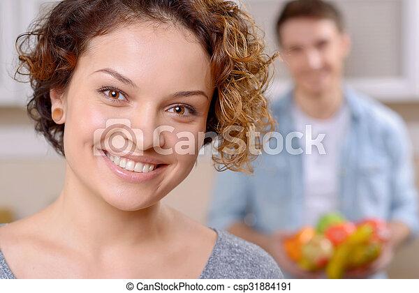 Una pareja encantadora cocinando juntos - csp31884191